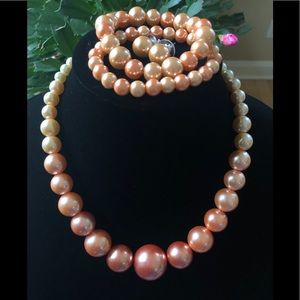 Jewelry - Chunky ombré pearl necklace, bracelet and earrings